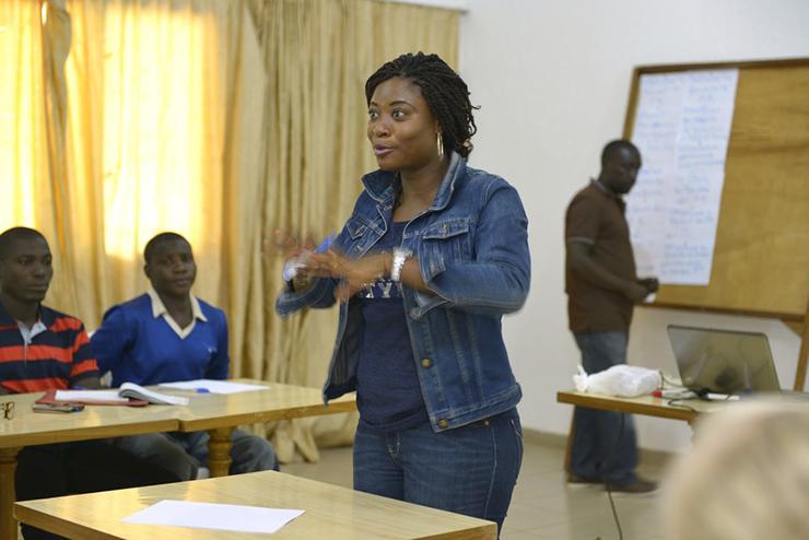 Z premii Fairtrade opłacane są szkolenia uczące rolników, jak podnosić efektywność produkcji