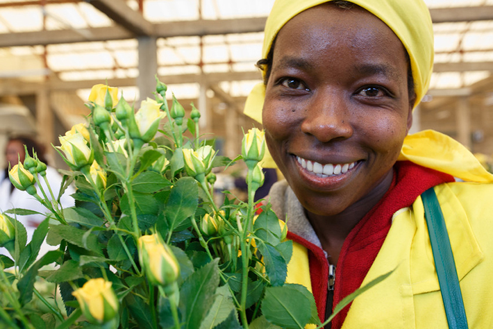 Jacquiline Kemunto to jedna z 700 pracownic na plantacji Harvest LTD