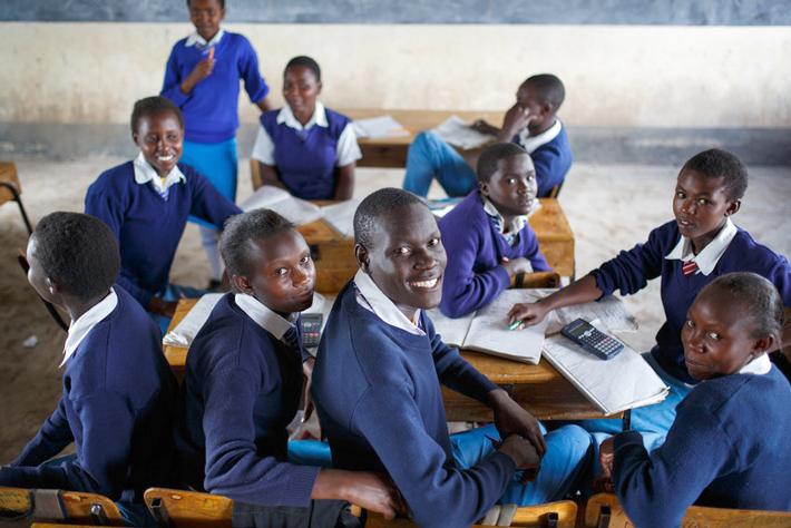 Z premii Fairtrade finansowane są stypendia dla dzieci rolników z plantacji Harvest LTD