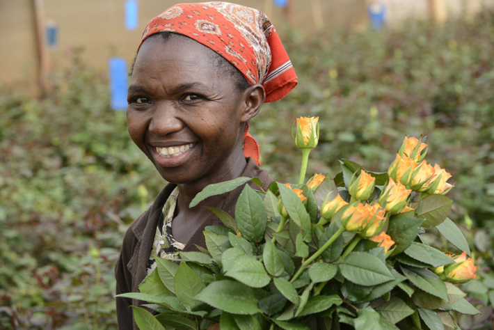 Lucy Waithira Ngunga z farmy Simbi Roses