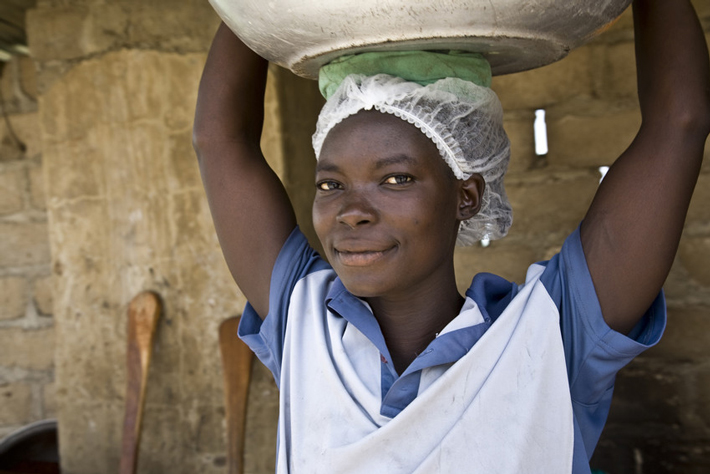 Christian Kuruug jest członkinią Akoma od 2009 roku. Z premii Fairtrade finansuje edukację swoich dzieci