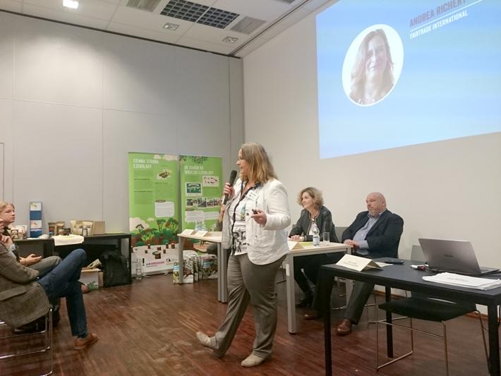 Inauguracja działalności Fairtrade Polska - przemawia Andrea Richert z Fairtrade International